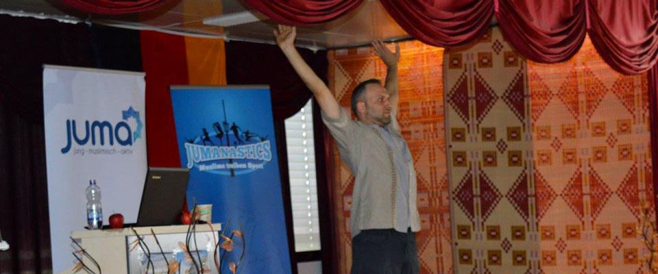 Mohamed Adam vom Junani-Institut in Darmstadt hielt die Einführung
