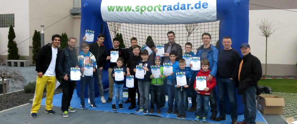 Die Sieger des Torschusswettbewerbs in Stuttgart Wangen