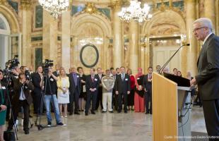 Ministerpräsident Kretschmann lädt ein zum Iftar - Juma war dabei