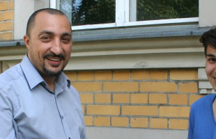 """""""Integration hat etwas mit Teilhabe zu tun"""" – Samy Charchira im Interview mit JUMA"""