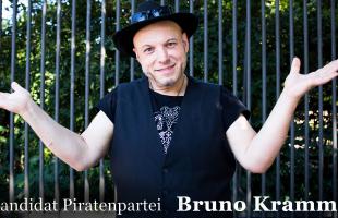 Bruno Kramm (Die Piraten) beantwortet die Fragen junger Muslime